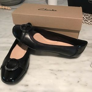 NEW Clark's Womens Gracelin Wind Flats Sz: 9